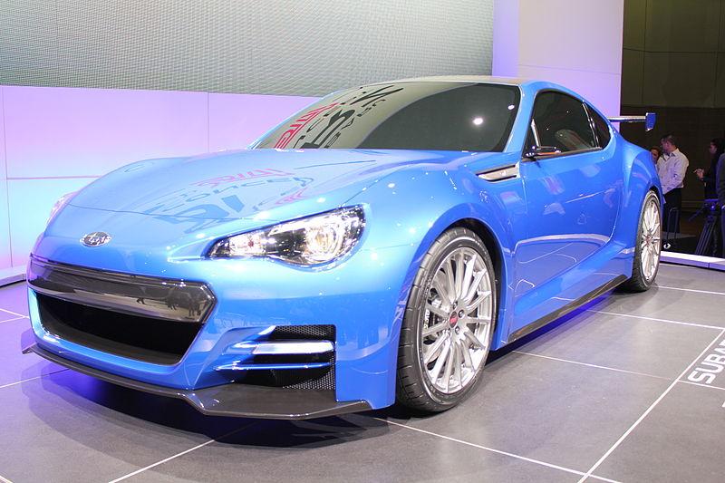 800px-Blue_Car_1224