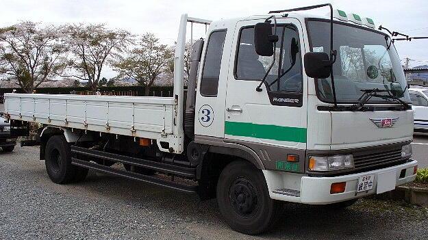 Hino_Ranger_1989