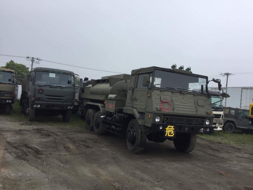 Used Military SUV and trucks | EVERYCAR JP BLOG