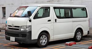 800px-Toyota_Hiace_H200_505