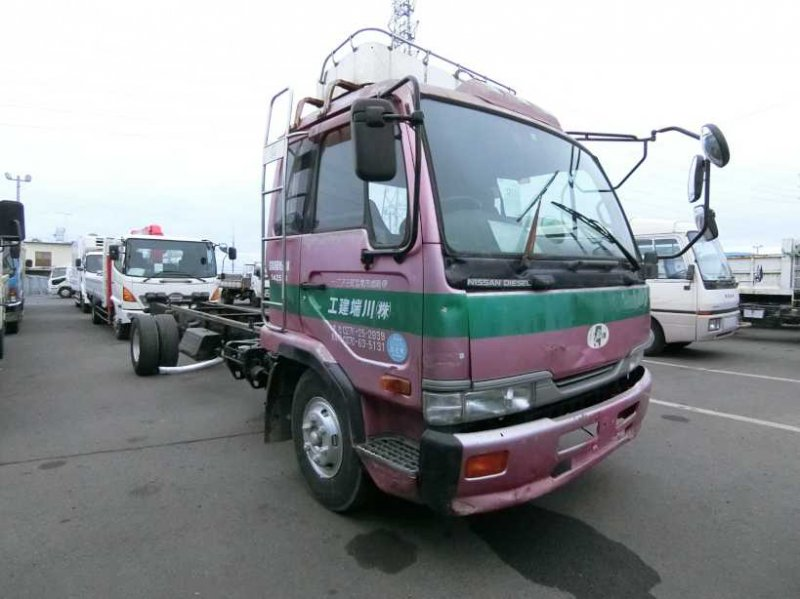 NISSAN UD TRUCK CHASSIS